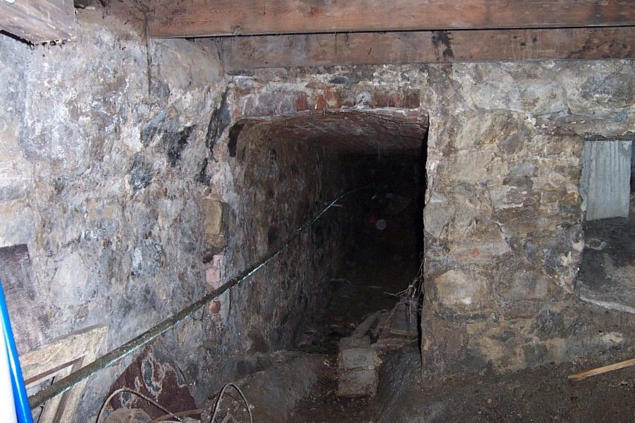 tunnel 16 ft charles 2