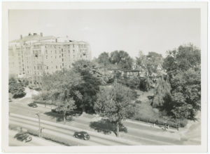 1950-05-NA.spy.Henry Hudson Parkway-227.Apartment-Building Highway