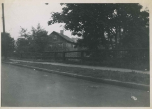 View of a house on Albany Crescent near intersection with W. 232nd Street.  Jul 9, 1950.